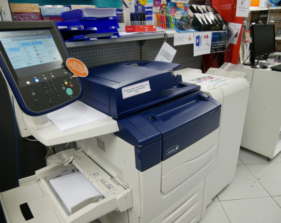 Services impression: photocopies, scan, reliures, plastification